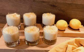 riz au lait ce coco dans verrines en verre