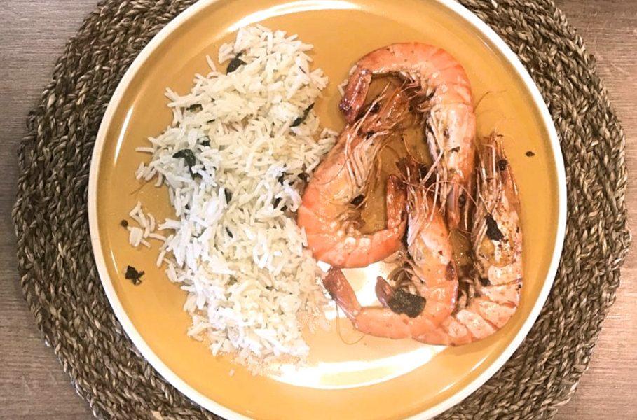 Crevettes entières gingembre-basilic